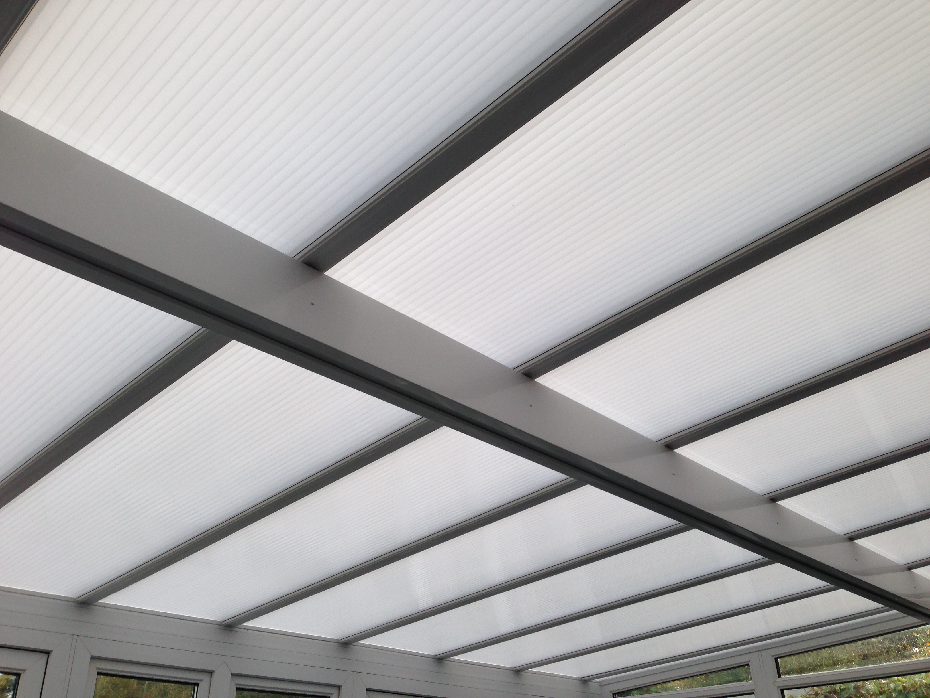 Polycarbonate Roofing: Polycarbonate Roofing Panels